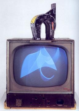 Nam June Paik «Magnet TV»