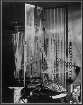 László Moholy-Nagy «Light Display: Black-White-Grey» | Light prop for Licht-Raum-Modulator